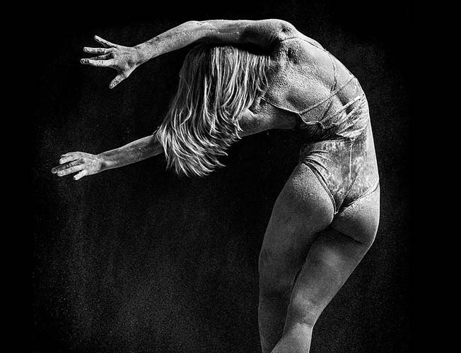 photographer-takes-powerful-portraits-of-professional-dancers