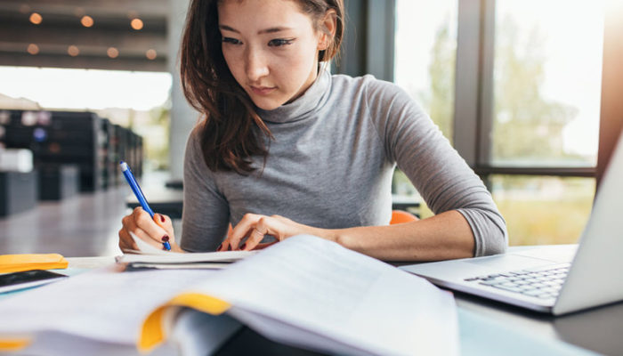 Places-to-Sell-College-Notes-Online-for-Cash