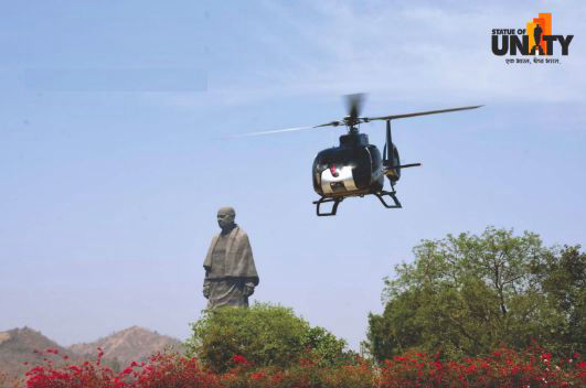 helicopter-ride-near-statue-of-unity