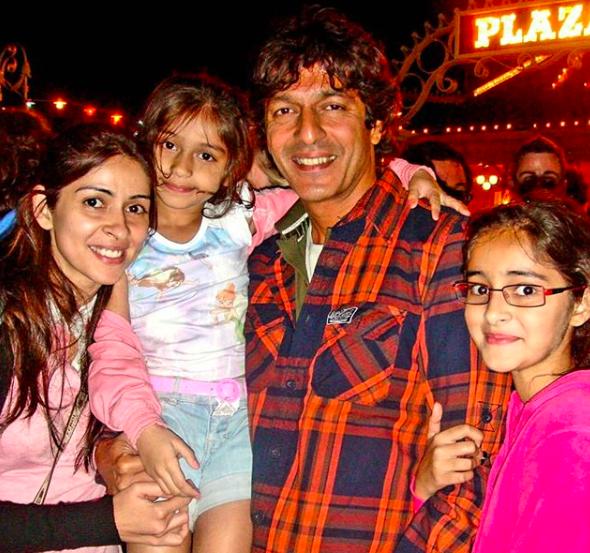 chunkey pandey with wife bhavna pandey