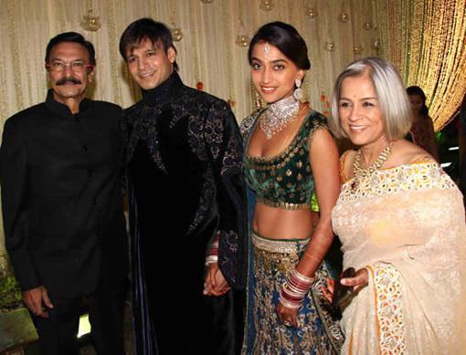 Vivek Oberoi and Priyanka Alva Oberoi Family