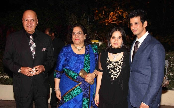 Sharman Joshi and Prerana Chopra with Prem Chopra
