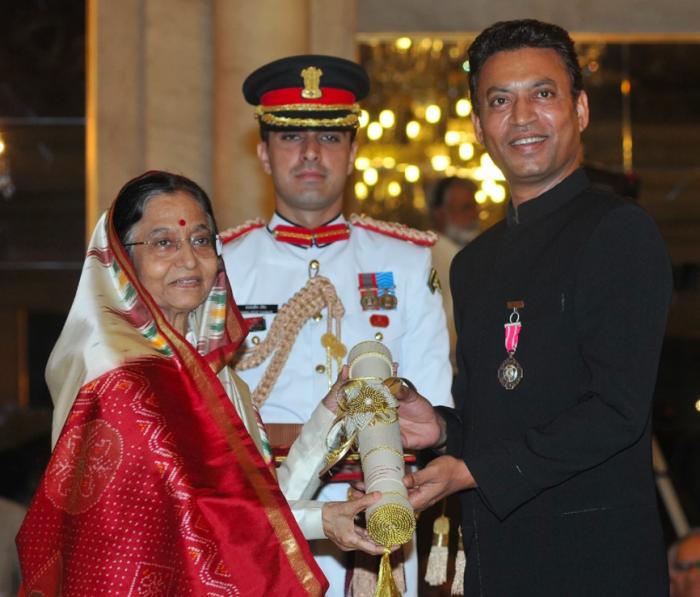 Irrfan Khan Receiving Padma Shri Award