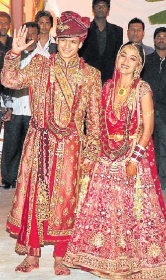 Vivek Oberoi and Priyanka Alva Oberoi Wedding