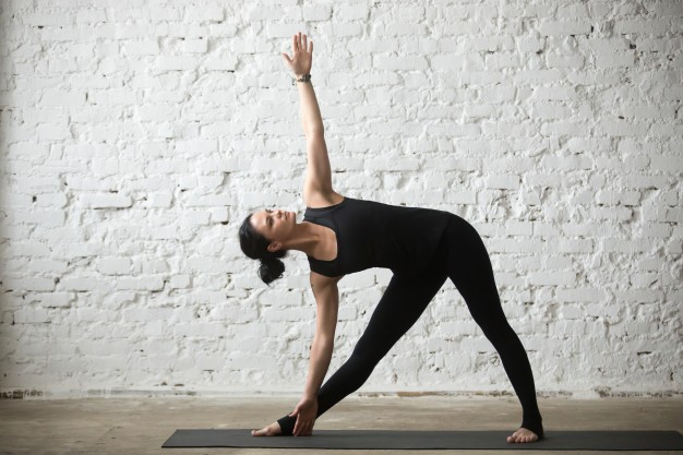 Yoga For Beginners - Trikonasana (Triangle Pose)