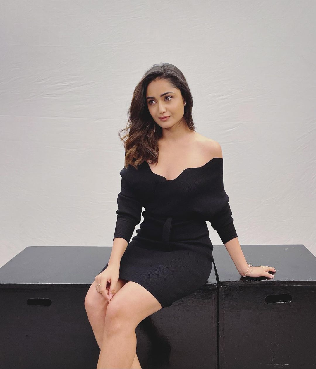 Tridha Choudhury in Black dress Photos