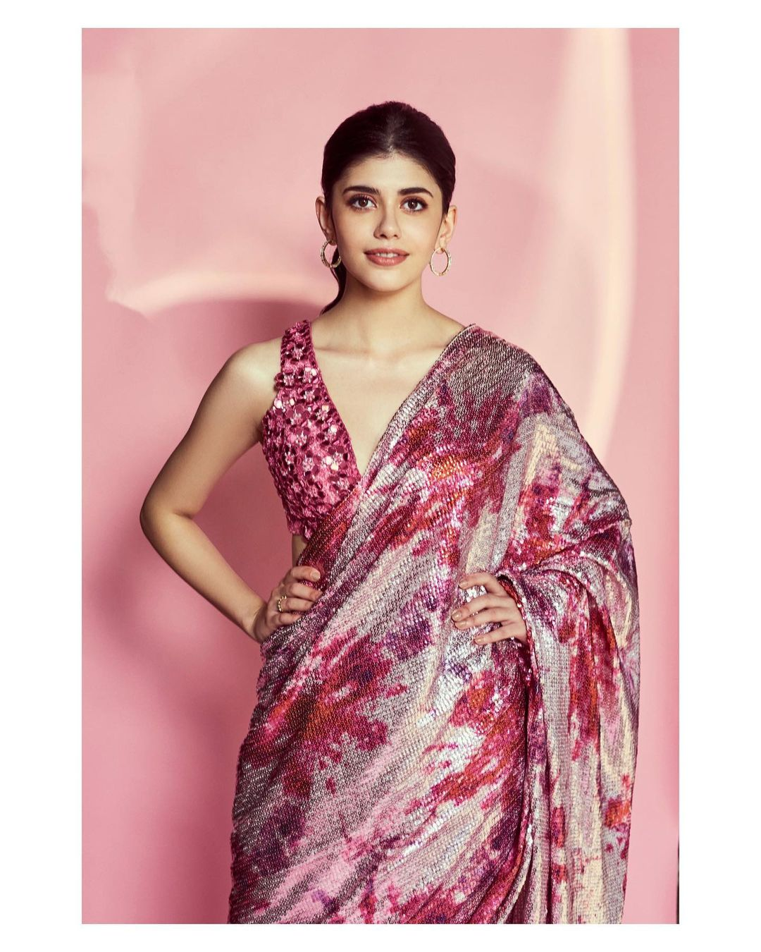 Sanjana Sanghi in sari become popular overnight