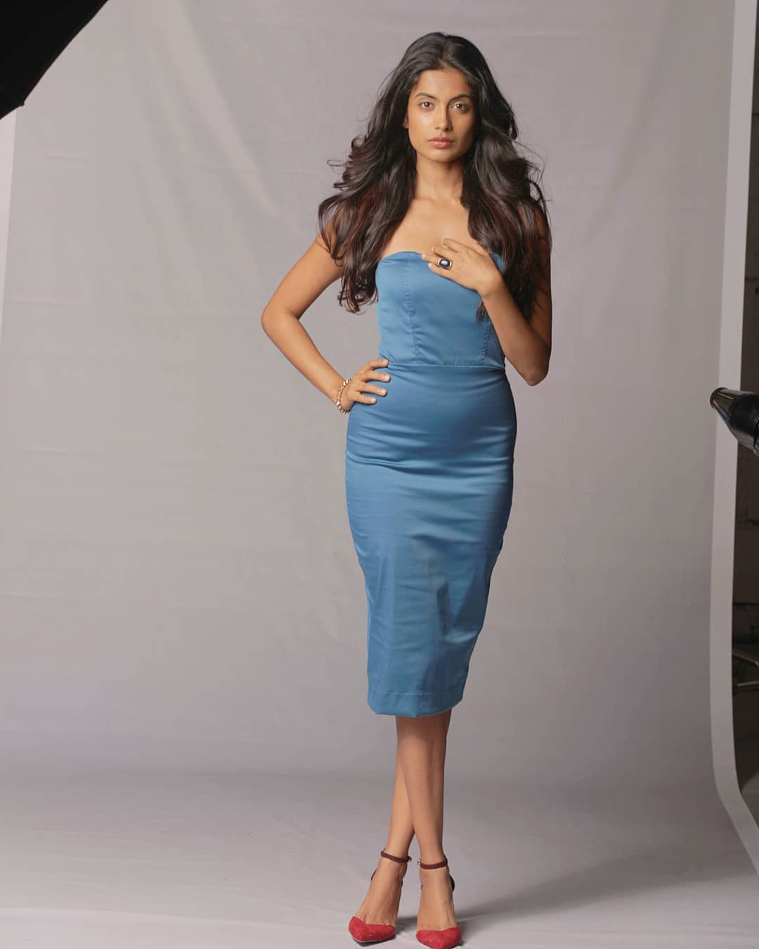 Sara Jane Dias Height - Actress Height