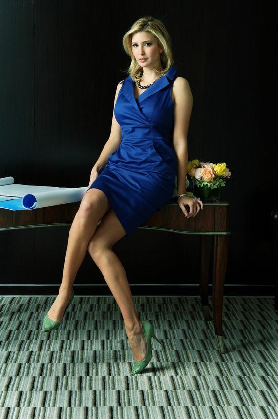 Ivanka-Trump-photos in blue dress