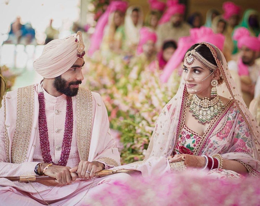 sanjana-bumrah wedding picture