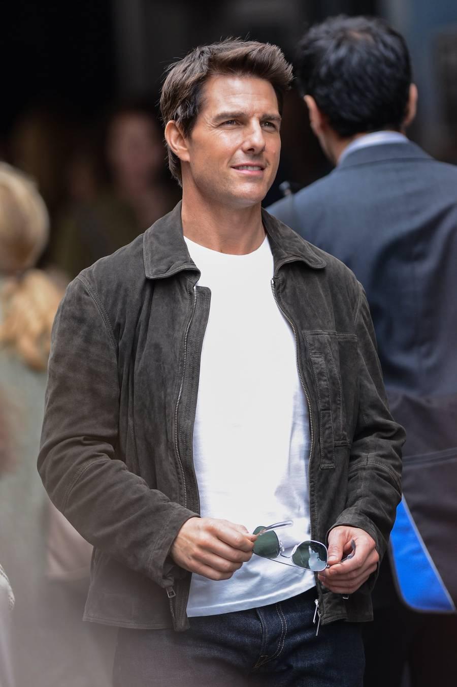 Tom Cruise Height