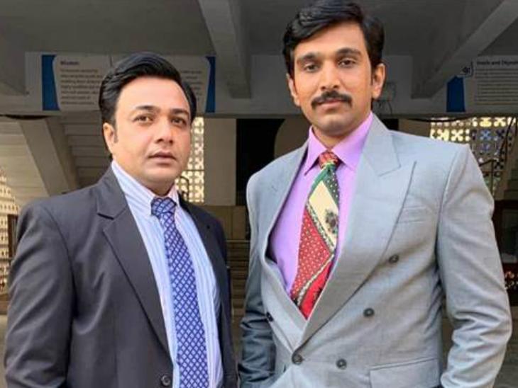 Hemant Kher & Pratik Gandhi plays a role of Ashwin & Harshad Mehta
