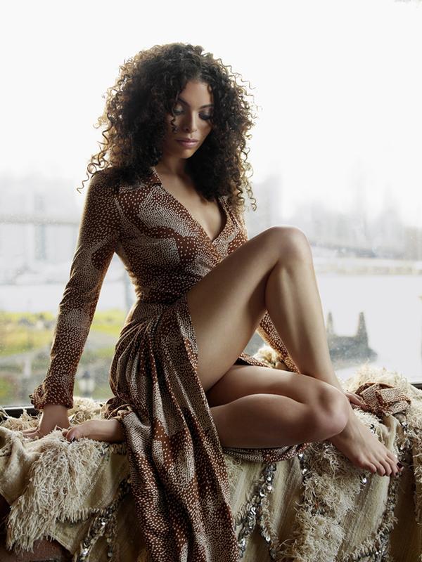 female celebrity genius Alicia Keys
