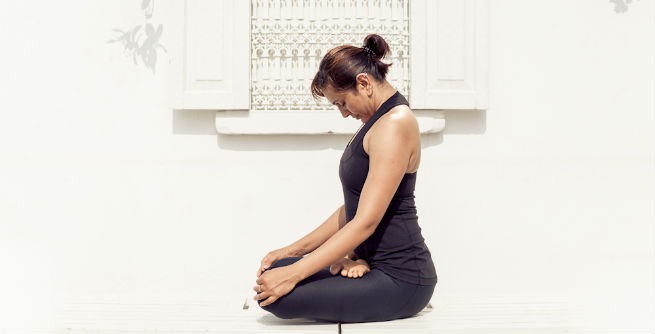 chin lock yoga for face fat
