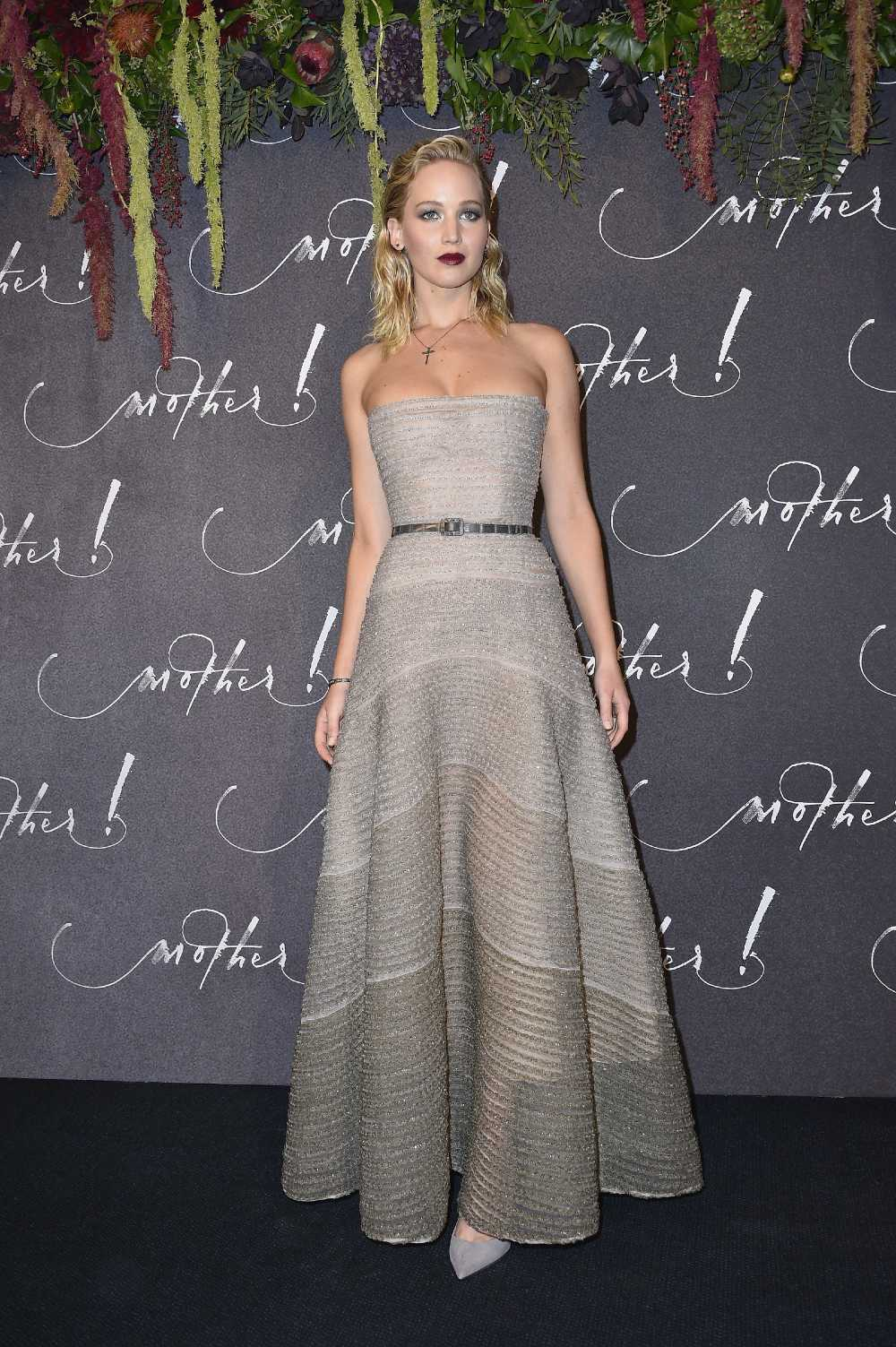 Jennifer Lawrence Hot pics
