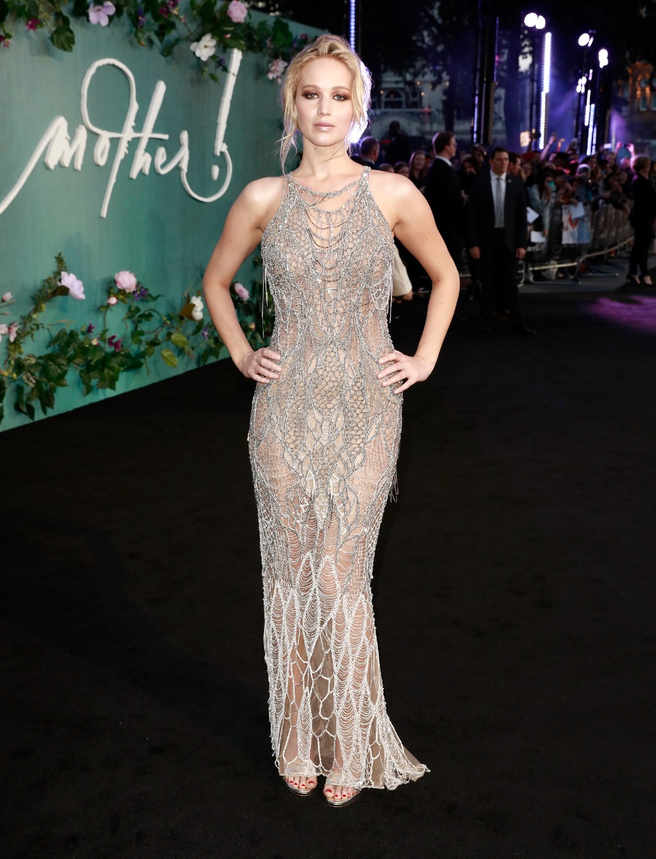 Jennifer Lawrence hot look