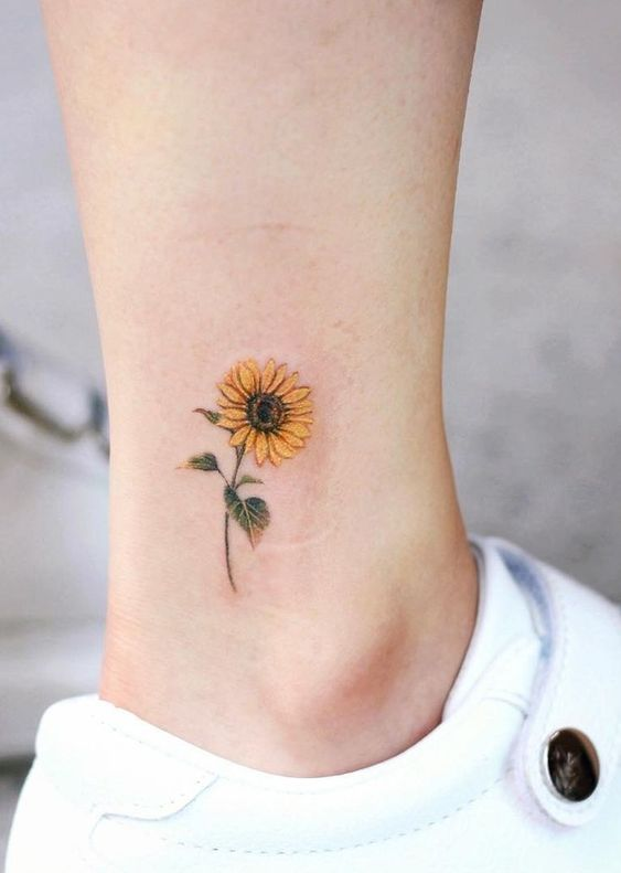 Small Tattoos For Women 4